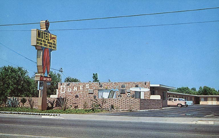 t2-hospitality-dunes-motel-anaheim-000