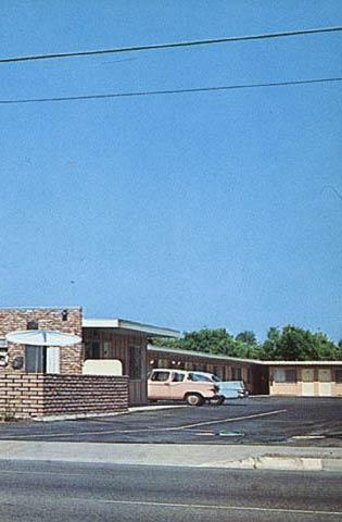 t2-hospitality-dunes-motel-anaheim-004
